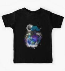 Cosmic geometric peace Kids Tee