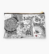 be your self Studio Pouch
