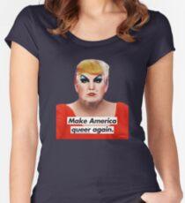Camiseta entallada de cuello redondo Make America Queer Again