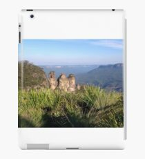 Three Sisters, Blue Mountains, Australia iPad Case/Skin