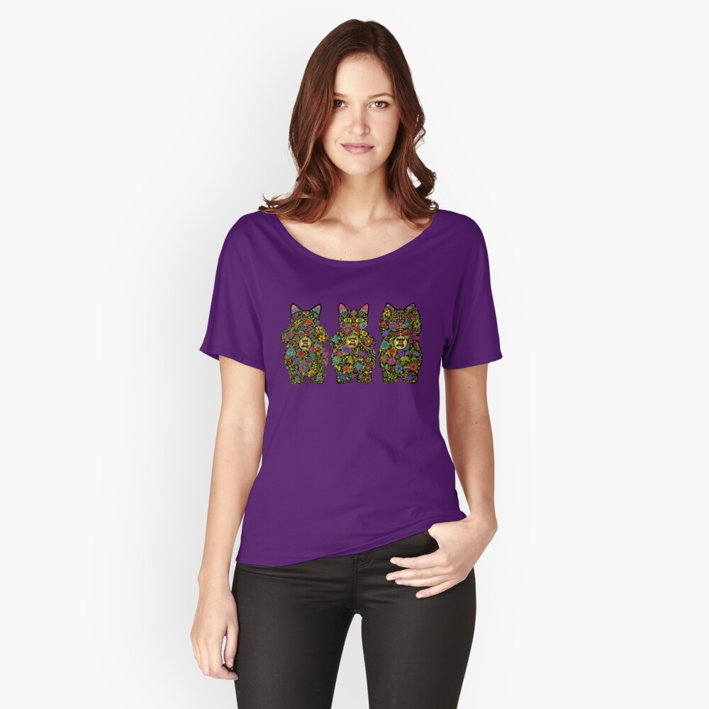 Three Wise Lucky Black Cats  Women's Relaxed Fit T-Shirt Front