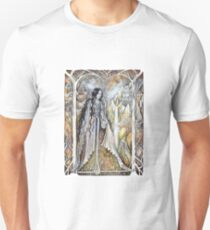 Lady of the elven city Unisex T-Shirt
