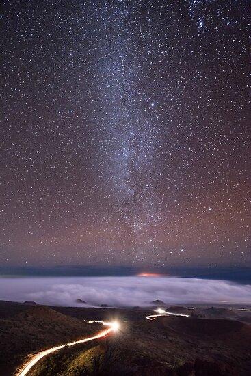Mauna Kea Nachtlinien von Lance Sagar