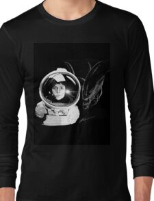 Ripley and the Beast Long Sleeve T-Shirt