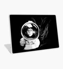 Ripley and the Beast Laptop Skin