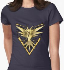 Team Instinct Zapdos T-Shirt