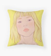Lea- fashion illustration portrait Throw Pillow