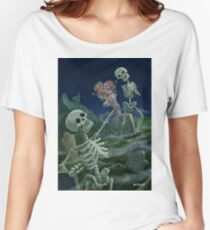 Romantic Valentine Skeletons in Graveyard Women's Relaxed Fit T-Shirt