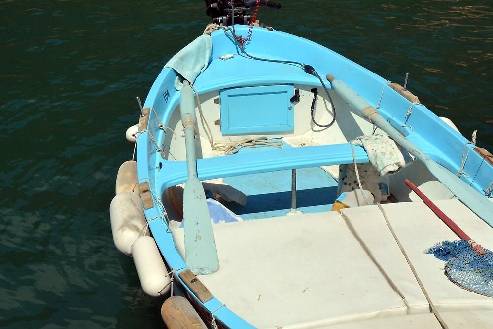 Boat in the water in Vernazza by oanaunciuleanu