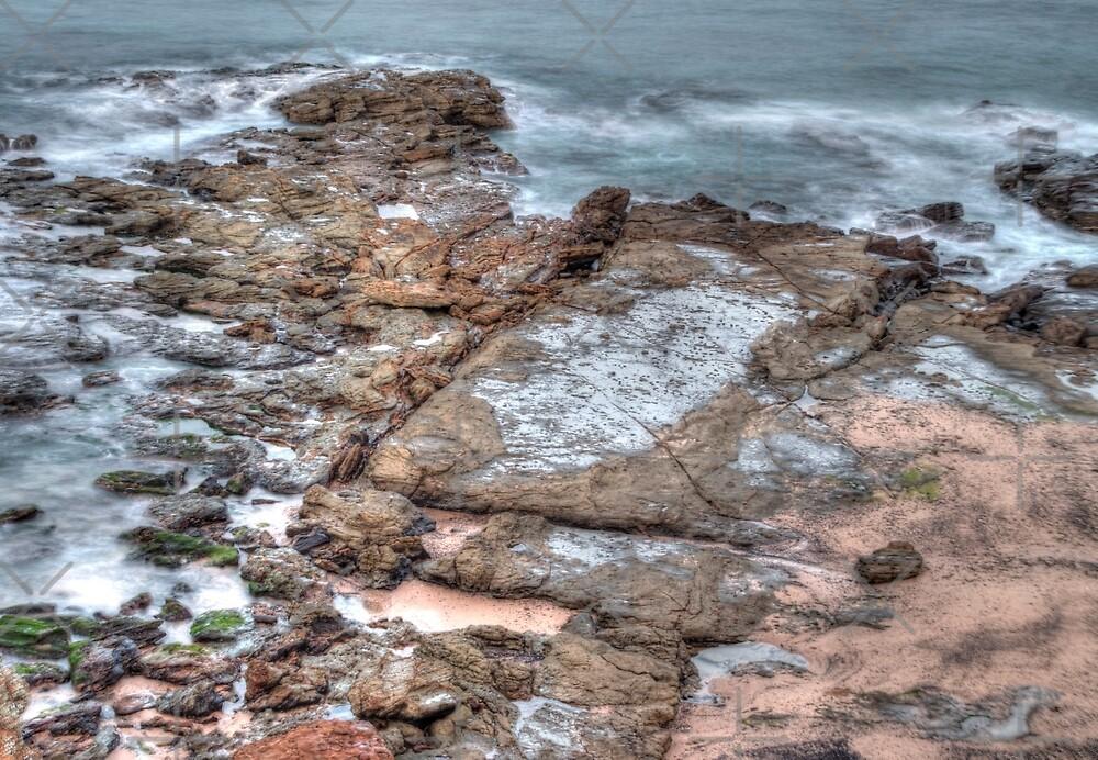 Rocks at Wollonong by rom01