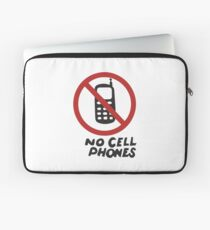 Luke's Diner No Cell Phones t-shirt - Gilmore Girls, Stars Hollow, Rory, Lorelai, The WB Laptop Sleeve