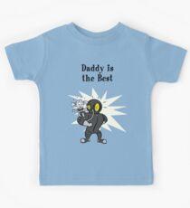 BioShock – Daddy is the Best Poster (Black) Kids Tee