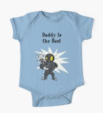 BioShock – Daddy is the Best Poster (Black) Short Sleeve Baby One-Piece