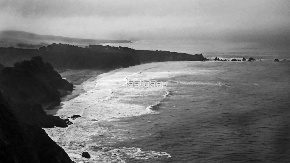 Pacific Cliffs & Mist by lastgasp
