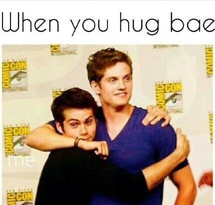 When you hug bae by MrMlk3y
