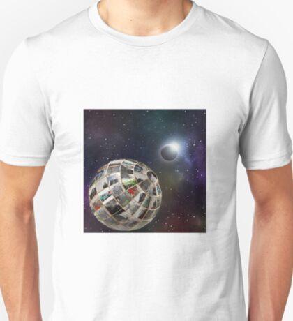 Steam planet  T-Shirt