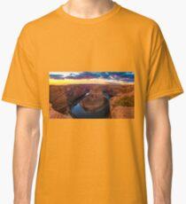 Nice Image of Horseshoe Bend Classic T-Shirt