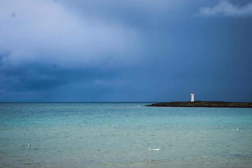 Lonely lighthouse by thomasnicodeme