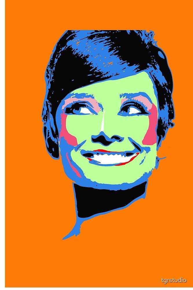 Audrey Hepburn - Retro Pop Art by tgrstudio