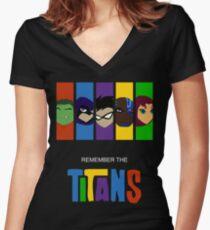 Camiseta entallada de cuello en V Recuerda los titanes