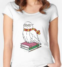 Hedwig Women's Fitted Scoop T-Shirt