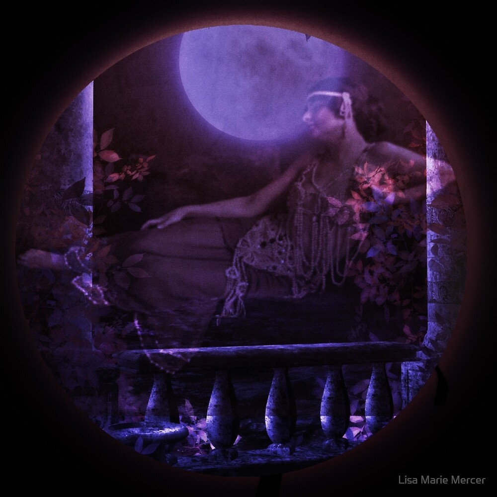 Moonlight Becomes Her by Lisa Marie Mercer