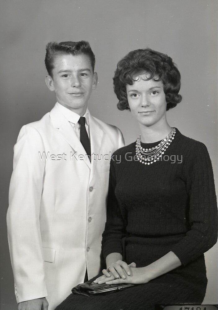 1962 SEDALIA HIGH SCHOOL PTA JR-SR QUEENS AND KINGS by Don Howell