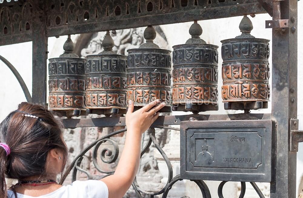 Prayer wheel by Clara Go (missatgerebut)