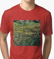 Claude Monet - Le Bassin des Nympheas (1904)  Tri-blend T-Shirt