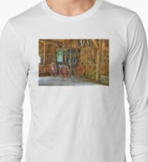 Wagon lost in storage Long Sleeve T-Shirt