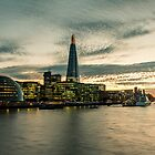 Sunset over the Thames by Andreea-Otilia Suiu