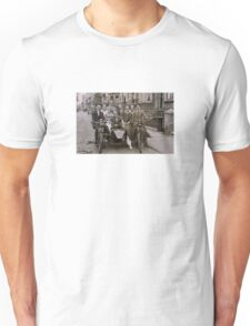 Family and friends - London 1920s T-Shirt