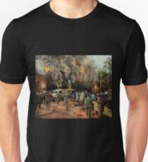 News Reporter - Metrotone News 1928 T-Shirt