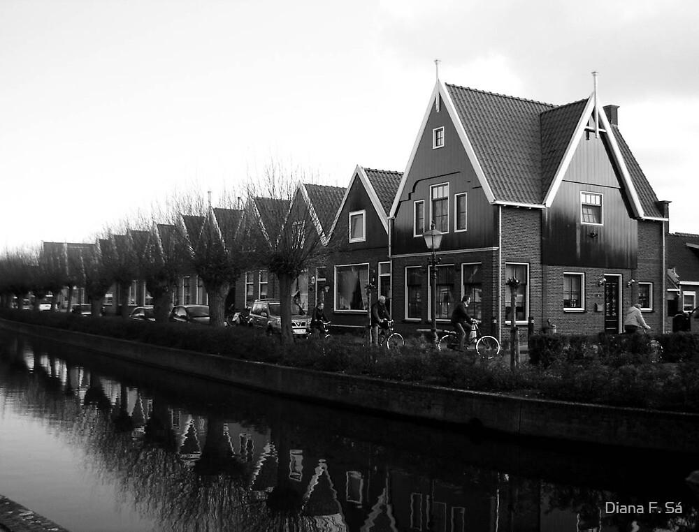 black&white Volendam  by Diana F. Sá