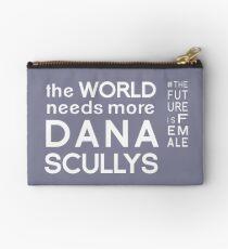 Die Welt braucht mehr Dana Scullys Studio Clutch