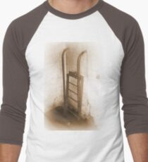 Battery Mishler ladder going nowhere, sepia Men's Baseball ¾ T-Shirt