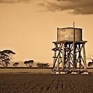 Old Water tank by pennyswork