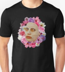 Alyssa Edwards Beauty Mask With Flowers - Rupaul's Drag Race All Stars 2  T-Shirt