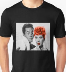 Who loves Lucy Unisex T-Shirt
