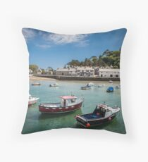 St Michaels Mount, Cornwall, UK Throw Pillow
