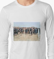 Smile for the camera!! Atlantic City, 1905 Long Sleeve T-Shirt