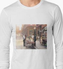 Clam seller on Mulberry Bend, New York, ca 1900 Long Sleeve T-Shirt