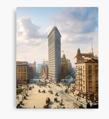 Flat Iron in New York City, ca 1903 colorized Canvas Print