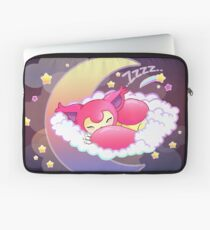 skitty snoozing Laptop Sleeve
