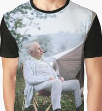 """Thomas Edison Relaxing on a """"Vagabonds"""" Camping Trip, 1921 Graphic T-Shirt"""