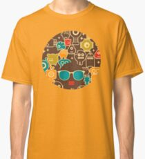 Robots on brown Classic T-Shirt