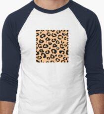Leopard seamless texture. Animal skin background T-Shirt