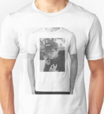 (my firend pizzo)^2 greyscale edition T-Shirt
