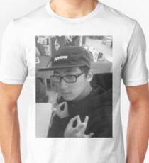 limit4ed edition pizzo shirt supplies are going fast get one now T-Shirt