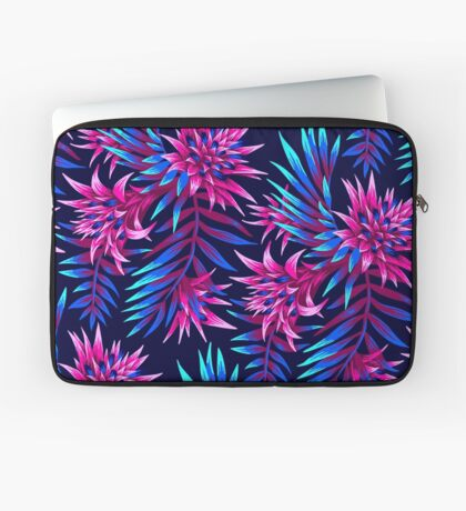 Fasciata Tropical Floral - Dark Blue/Pink Laptop Sleeve